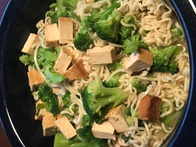 easy vegan noodle bowl